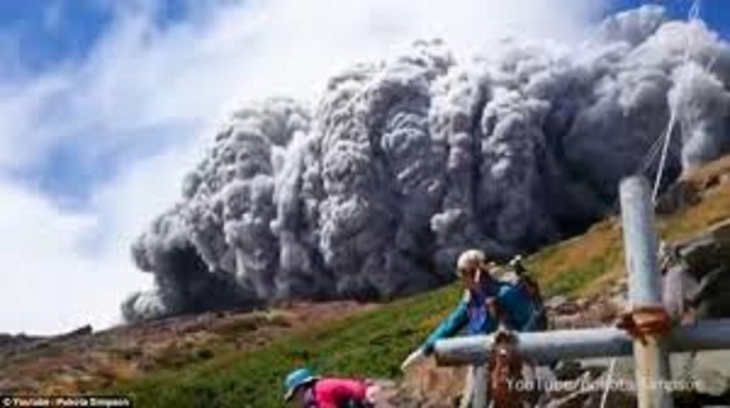 Japan volcano shoots rock & ash on Mount Ontake